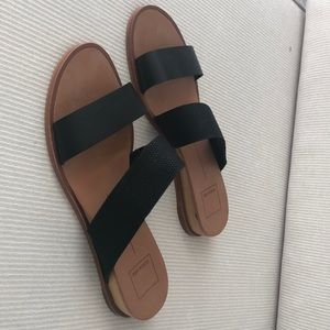 black dolce vita slide sandals